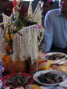 Bai si table
